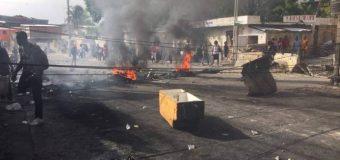 Gobierno haitiano revoca aumento de precio de los combustibles ante violentas protestas