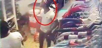 VIDEO: asalto a mano armada en tienda de Boca Chica…