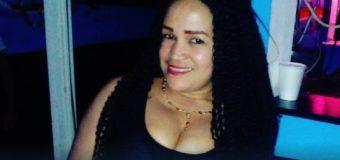EN SANTIAGO, Mujer mata a su padrastro porque golpeó a su madre