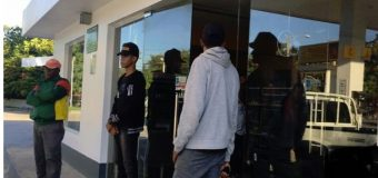 4 hombres armados y con pasamontañas asaltan gasolinera y hieren al administrador