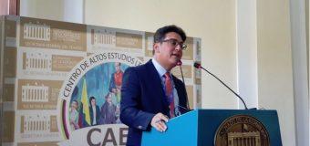 Jurista Julio Cury debatirá en Argentina sobre transitorio prohíbe reelección de Medina