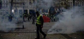 """""""Saqueadores"""" franceses """"hicieron su agosto"""" durante la protesta de ayer"""