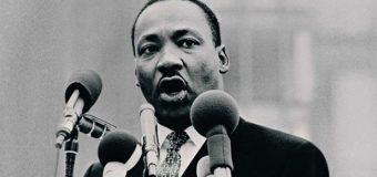 UN DÍA COMO HOY NACIÓ Martin Luther King…