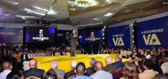 Navarro renuncia de Educación y presenta precandidatura presidencial por el PLD