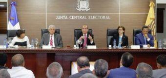 JCE decide que elecciones municipales serán el 15 de marzo y con voto manual