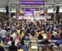 Peledeístas veganos piden reelección Danilo Medina