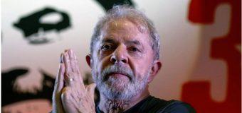 Lula está enamorado y si sale de prisión se casará, dice exministro