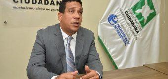 Reclaman la renuncia de ministros promueven a Gonzalo Castillo….