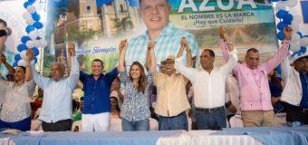 PRM juramenta a Ruddy González y cientos de dirigentes del PRD en Azua