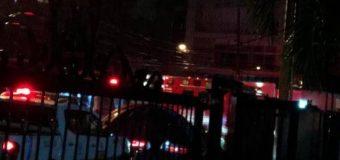 Explosión en torre en construcción en el sector Evaristo Morales deja dos muertos y cuatro heridos