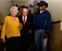 Grupo expresa apoyo a Marino Zapete en audiencia por demanda de hermana del procurador