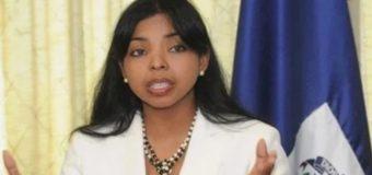 Yeni Berenice desmiente a Julio Martínez Pozo sobre supuesta reunión con Abinader